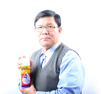 Sun Gun Shin, CEO of Jeong Woo Chemical